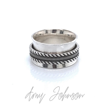 Texture Band Spinner Ring